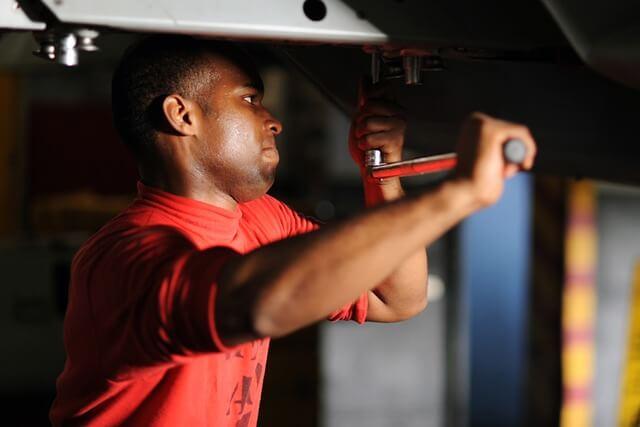 Broken Garage Door Cables: What to Know